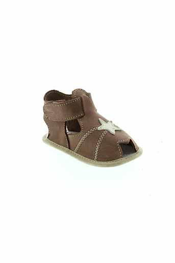 chauss et coeur chaussons fille de couleur marron
