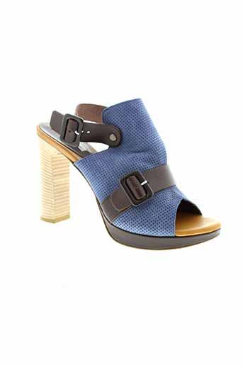 tosca et blu et shoes sandales et nu et pieds femme de couleur bleu