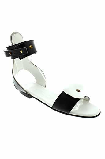 scarparo sandales et nu et pieds femme de couleur blanc