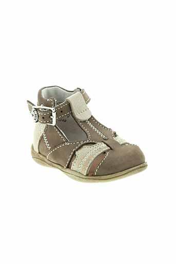little et mary sandales et nu et pieds garcon de couleur marron