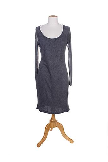 aby gardner robes femme de couleur gris