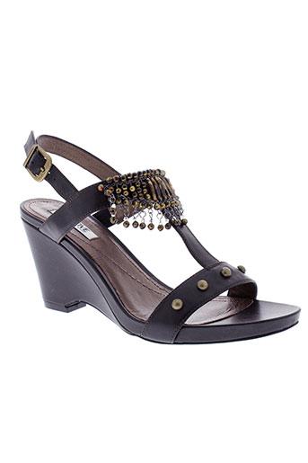 fugitive sandales et nu et pieds femme de couleur noir
