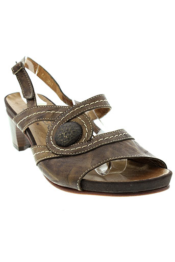 metayer sandales et nu et pieds femme de couleur marron