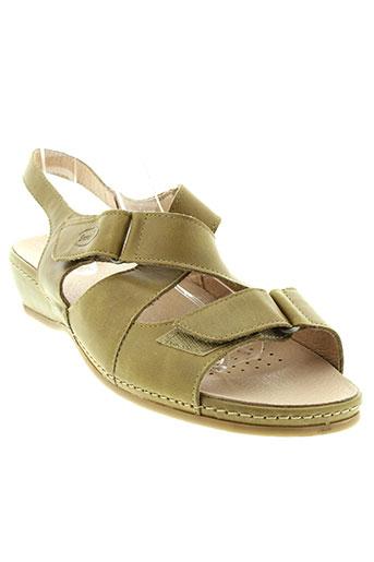 swedi sandales et nu et pieds femme de couleur vert