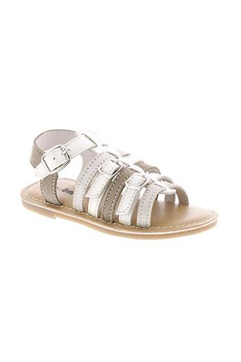 bopy sandales et nu et pieds fille de couleur beige