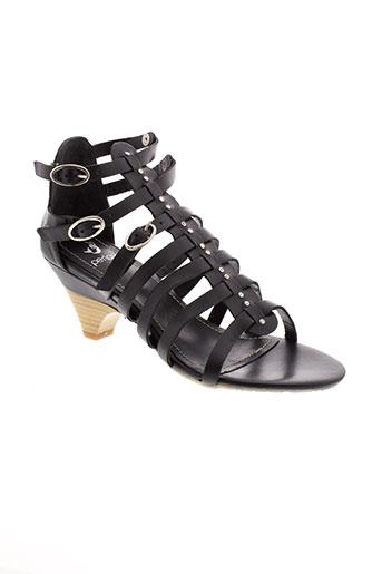perlato sandales et nu et pieds femme de couleur noir