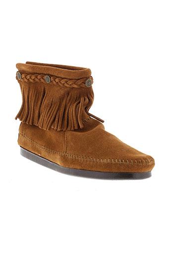 minnetonka boots femme de couleur marron
