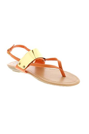 cassis sandales et nu et pieds femme de couleur orange