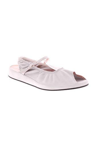 accessoire et diffusion sandales et nu et pieds femme de couleur blanc