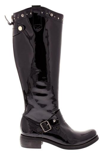 regard bottes femme de couleur noir