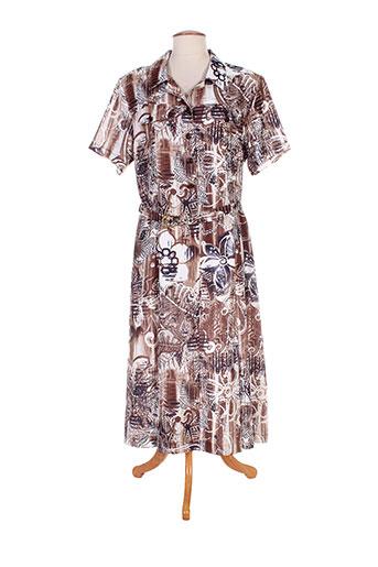 20 et 20 robes et courtes femme de couleur marron (photo)