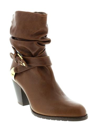 stuart et weitzman boots femme de couleur marron