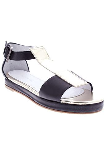 emma et go sandales et nu et pieds femme de couleur noir