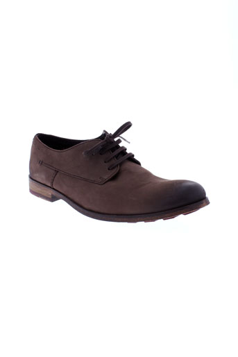 clarks derby homme de couleur marron