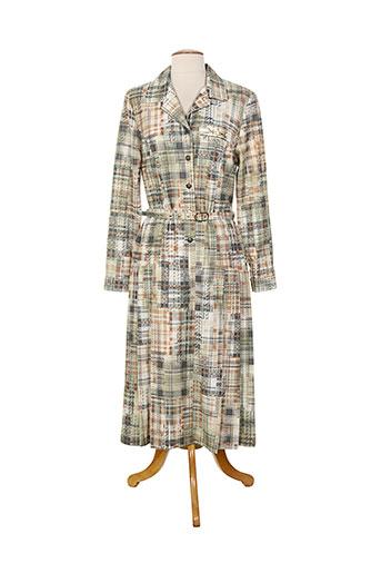 20 et 20 robes et pulls femme de couleur vert (photo)