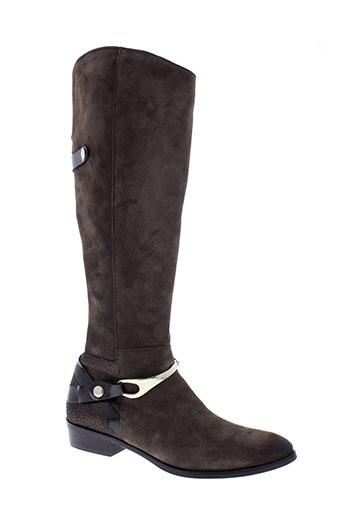 regard bottes femme de couleur marron