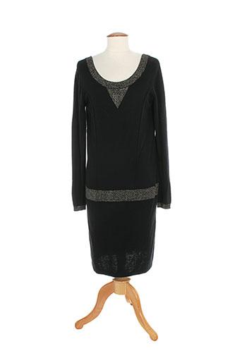 2 et two robes et pulls femme de couleur noir (photo)