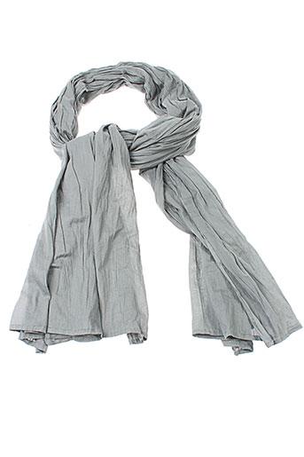 accostages accessoires femme de couleur gris