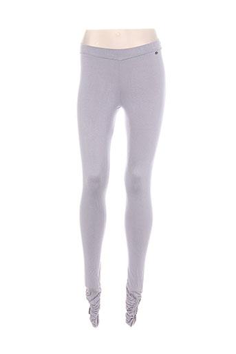 amy gee pantalons femme de couleur gris