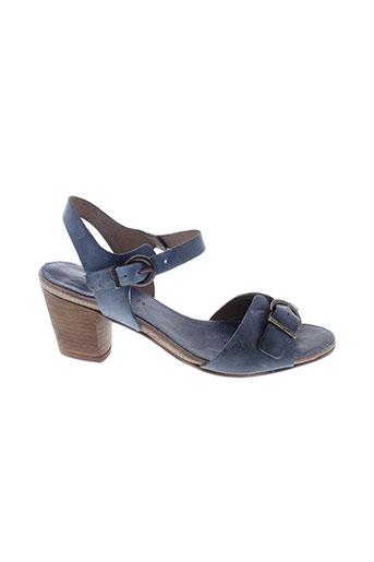 kickers sandales et nu et pieds femme de couleur bleu
