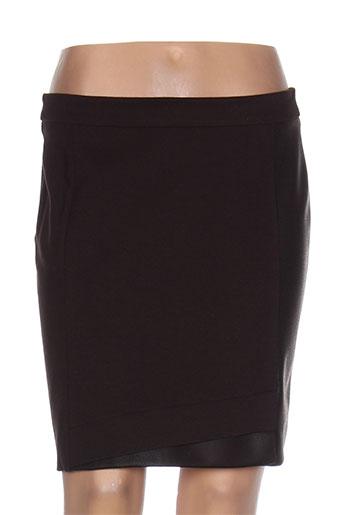 andamio jupes et courtes femme de couleur marron