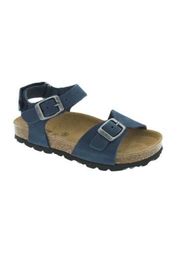 reqins sandales et nu et pieds garcon de couleur bleu