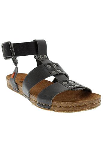 art sandales et nu et pieds femme de couleur noir