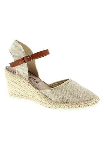 refresh sandales et nu et pieds femme de couleur beige