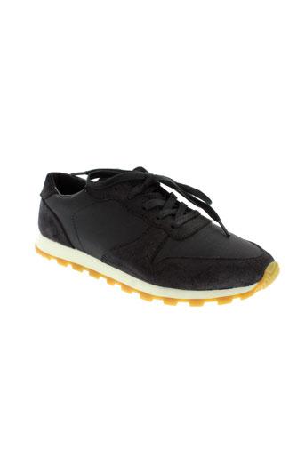 clae chaussures homme de couleur noir