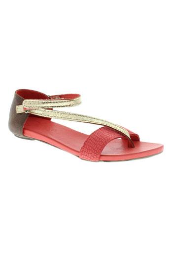 lune et l et autre sandales et nu et pieds femme de couleur rouge