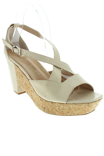 johann sandales et nu et pieds femme de couleur beige