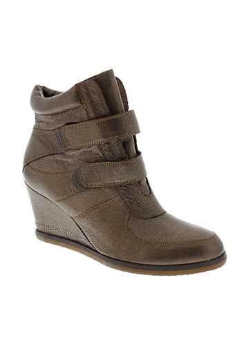 karston boots femme de couleur marron