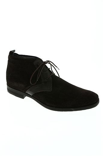 attitude chaussures homme de couleur marron