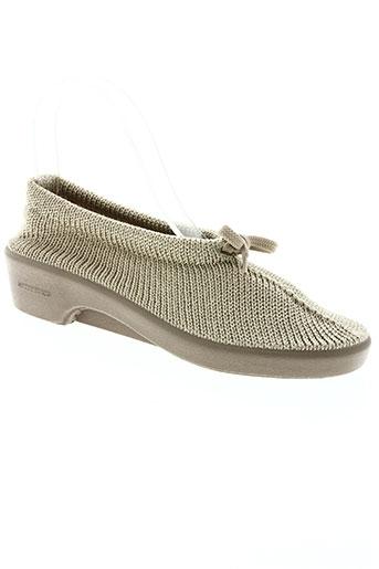 arcopedico chaussures femme de couleur beige