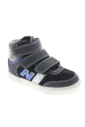 new balance chaussures garçon de couleur bleu