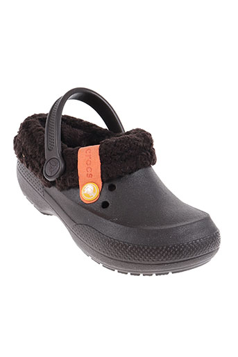 crocs chaussures garçon de couleur marron