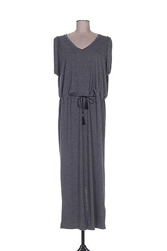 nü robes femme de couleur gris